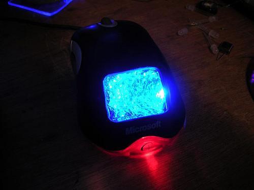 Mouse lâmina azul (LED)