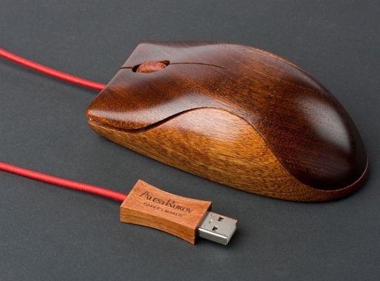 Mouse de madeira
